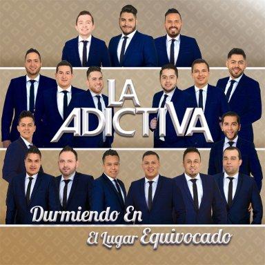 """Concierto del grupo mexicano """"La Adictiva"""" en Tacambaro (Michoacan), dentro de su gira de 2017 por todo el país"""